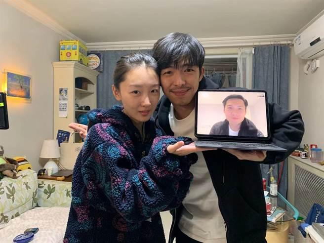 周冬雨(左起)、章宇與陳哲藝去年透過視訊籌拍電影。(陳哲藝提供)
