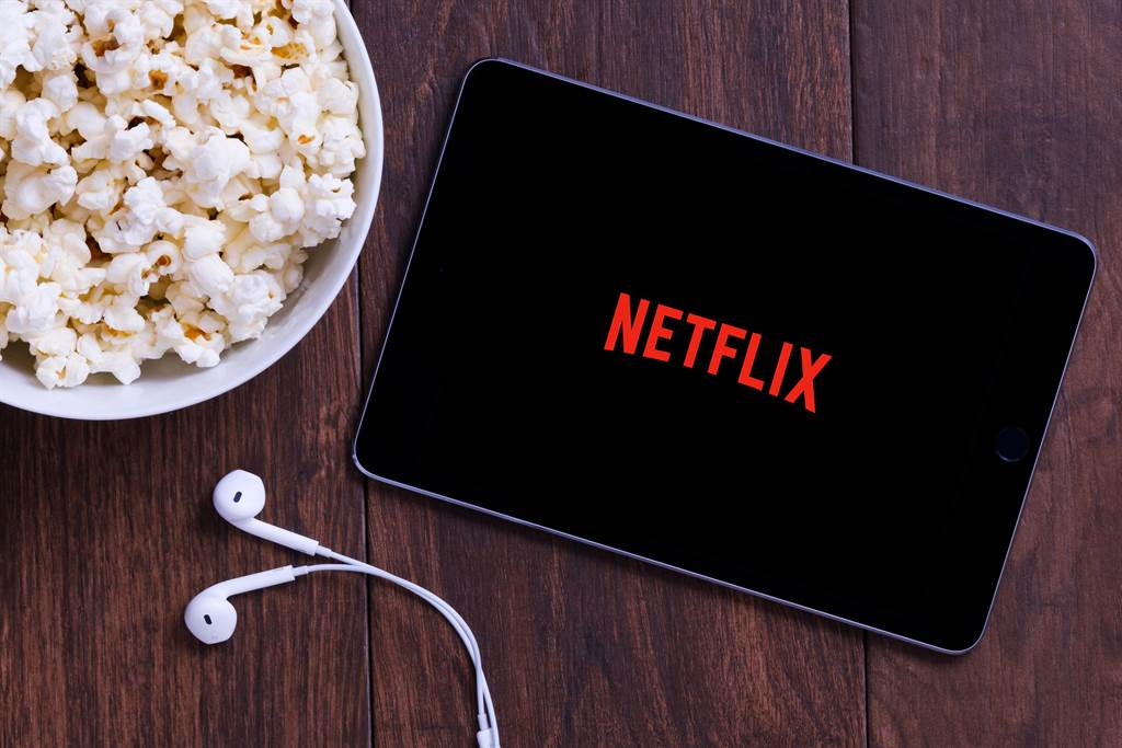 悶壞掉了啦!網友熱議10大Netflix「激情影集」部部都讓人噴鼻血(圖/shutterstock)