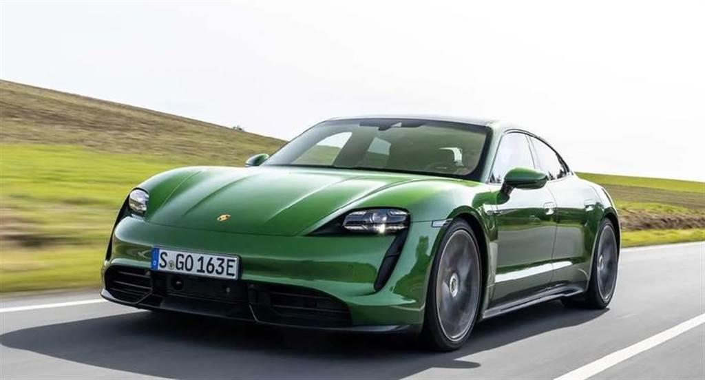 光上半年就賣了快兩萬輛,保時捷 Taycan 電動跑車 2021 全年銷量有望翻倍