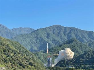 中國今晨成功發射遙感30號第10組衛星