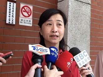 林奕華:官員打一劑疫苗還不知足 第二劑還跟人民搶