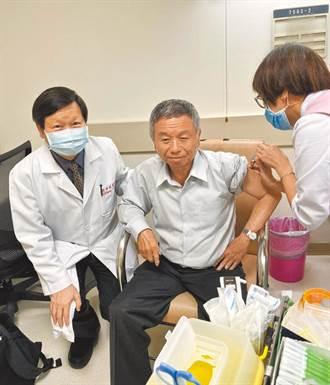 楊志良自爆打聯亞抗體僅40 黃高彬:那是測風濕免疫風險