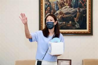 防疫女神賈永婕捐台南5醫院裝備 醫護提前替她慶生