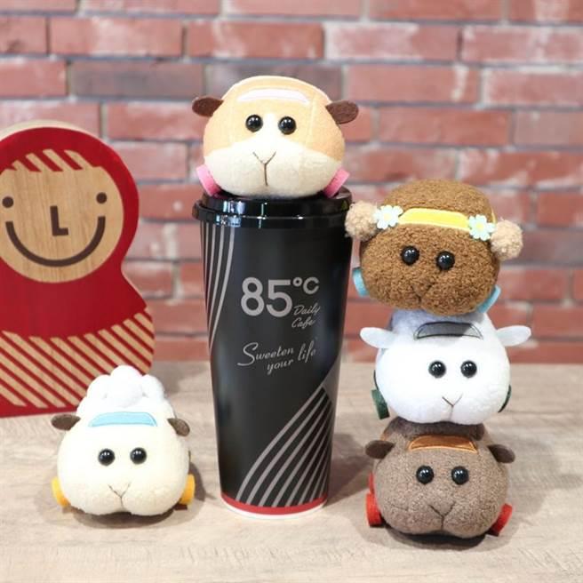 (85度C3D立體冰箱貼將自7月22日起限量開賣。圖/85度C提供)
