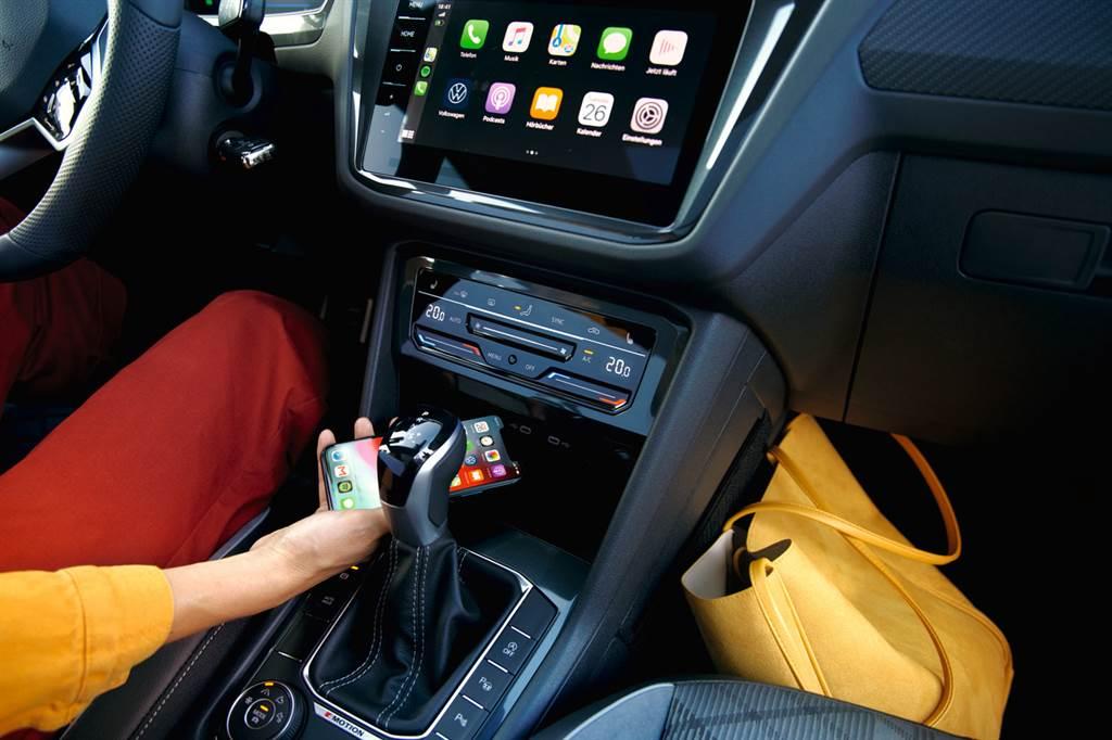 擁有獨家數位化座艙設計如App-Connect多媒體手機鏡射(含Android Auto與無線Apple CarPlay),提供駕駛最直覺流暢的數位化操作介面。