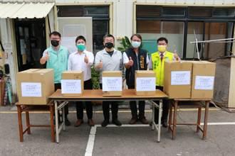 蔡其昌攜手梧棲在地企業 捐贈海線清潔隊防疫口罩