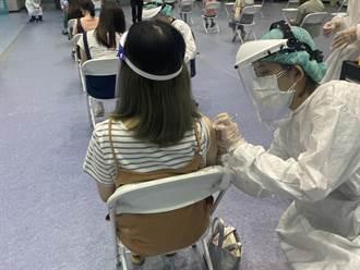 方便上班族 竹市加開醫院夜間接種時段