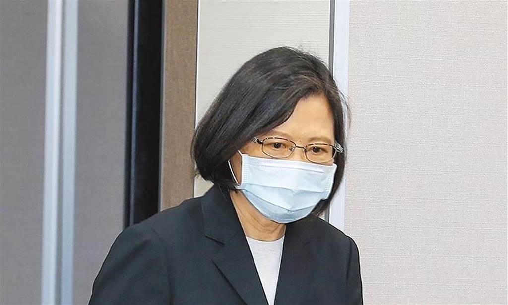 東京奧運代表隊搭乘經濟艙事件曝光,蔡英文總統隨後發文道歉。(姚志平攝)