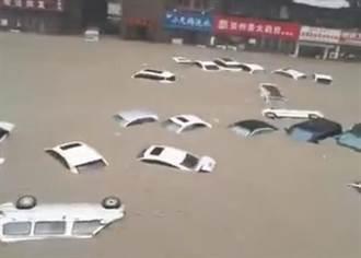 直擊》鄭州逢千年一遇暴雨釀至少12死 最新畫面曝光