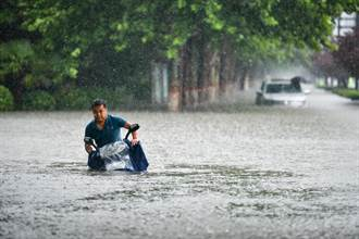 河南鄭州暴雨 已致25死、7人失聯