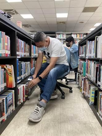 疫情休館盤點18萬冊書   雲縣文觀處找出迷航的書