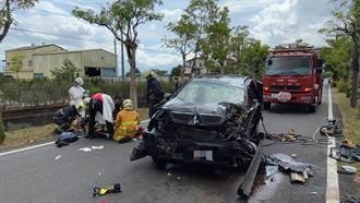 宜蘭小客車對撞貨車 駕駛受困車內險送命