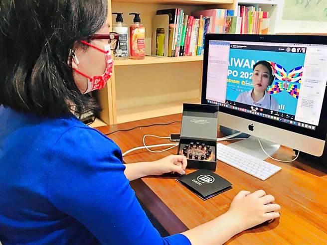 「2021年線上越南台灣形象展」智慧高雄館參展廠商產品多元品質可靠,越南買主爭相預約洽談超過140場次。(高市經發局提供/柯宗緯高雄傳真)
