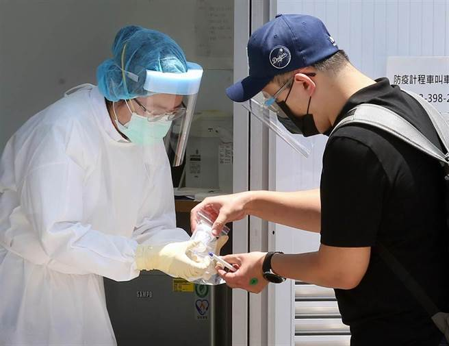 邊境檢疫人員心死 柯文哲:應比照醫院第一線待遇。(資料照)