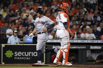 MLB》張育成重返大聯盟先發 4打數僅敲1安吞3K