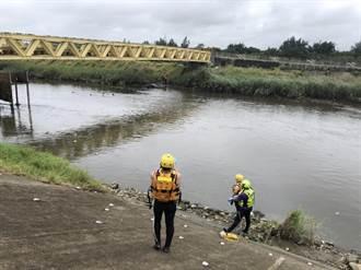 桃園新街溪出海口驚見浮屍 警封鎖現場調查