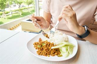 降膽固醇怎麼吃? 專科醫曝「最佳飲食法」