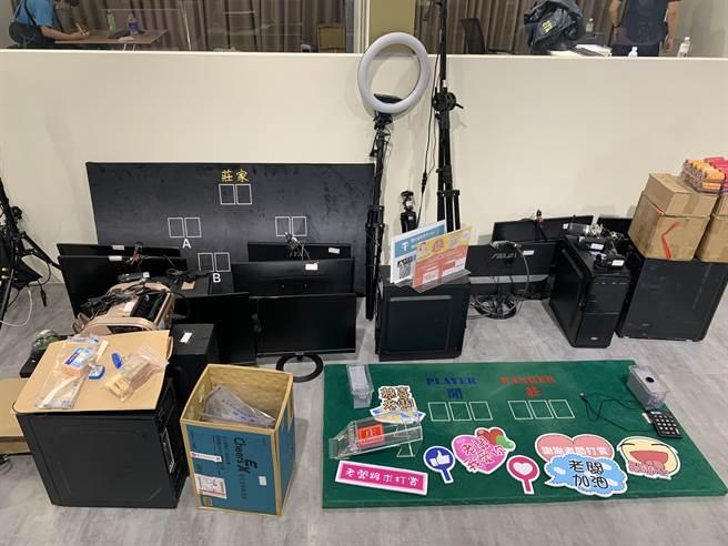 警方前往忠孝東路五段的線上博弈公司搜索,將徐嫌等6人逮捕到案。(翻攝照片/林郁平台北傳真)