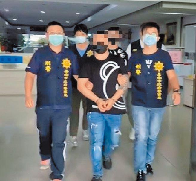 防疫三級警戒,全國掃黑緝毒不中斷,逮捕290名幫派分子。(警方提供)