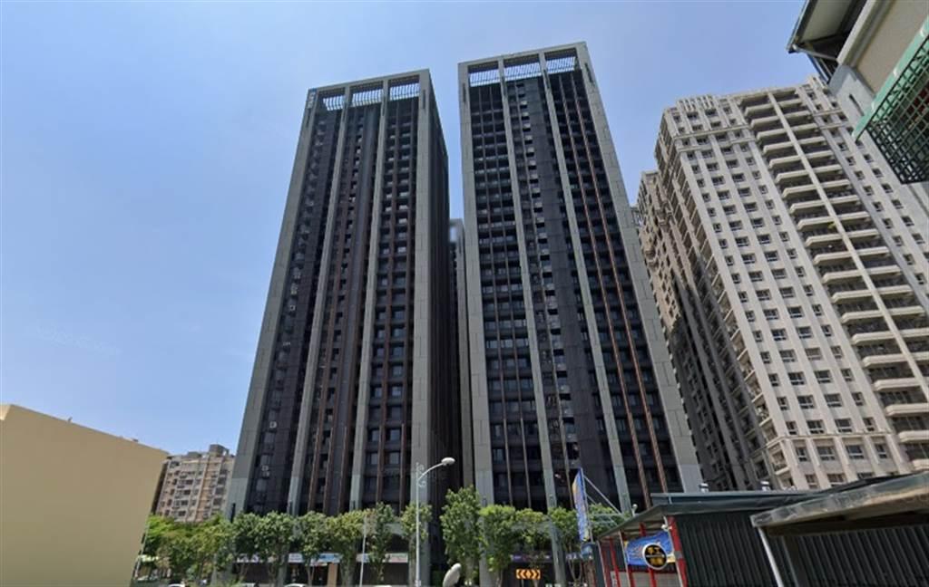 房價近期往上衝,竹北市「國賓大悅」投資客賺飽獲利了結,不受政府打炒房影響。(翻攝自Google街景)