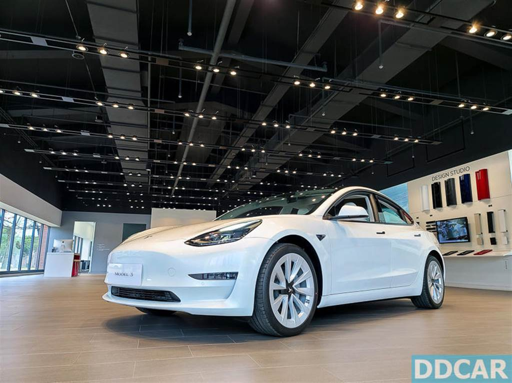 Model 3 LR 台灣售價調漲 2.8 萬元,續航里程增加到 614 公里