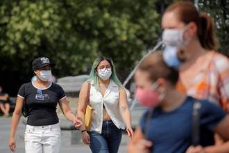 疫情7月驟升 CDC警告美防疫又逢關鍵點