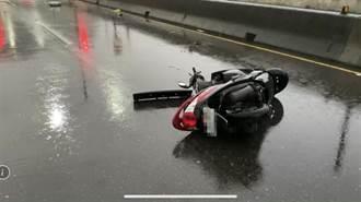 颱風天騎車出門 女騎士遭廂型車撞上送醫後不治
