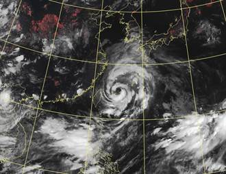 「尼伯特」生成雙颱共舞 烟花暴風圈逼近 降雨熱區曝
