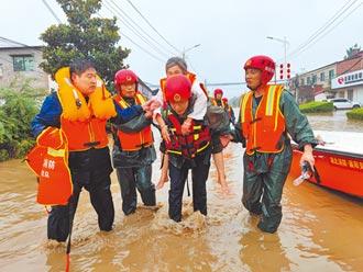 暴雨中心進新鄉 洪水淹沒1層樓