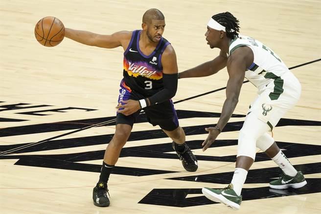 保羅接下來的選擇,將會牽動NBA下季戰力版圖。(美聯社資料照)