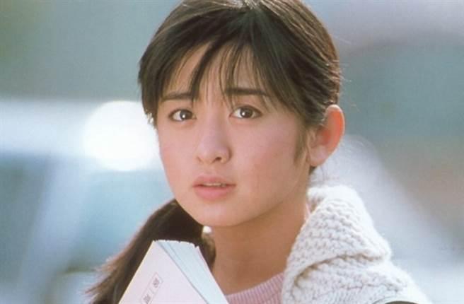 齊藤由貴是80年代紅極一時的玉女偶像。(圖/翻攝自日網)