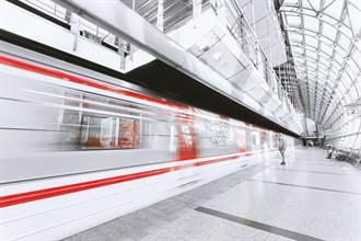 鄭萬高鐵最後隧道貫通 未來重慶到鄭州只需4小時