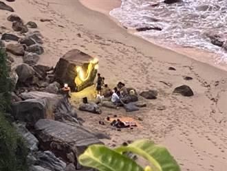 三級警戒最後周末 年輕人闖金山沙灘辦營火趴