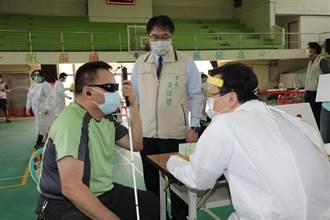 復業在即 台南市特為視障按摩師專案開打疫苗