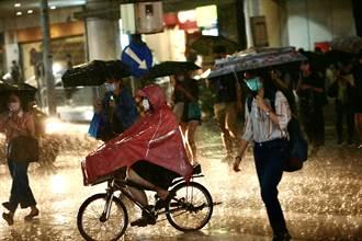 強對流雨彈突襲 3縣市大雨特報