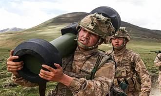大陸在西藏高原部署紅箭12單兵反戰車飛彈