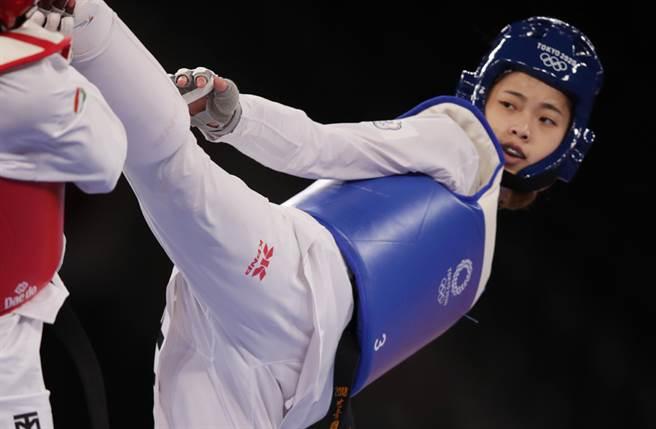 年僅19歲的羅嘉翎,在東奧跆拳道項目拿下銅牌,讓全台民眾情緒沸騰。(中時資料照片)