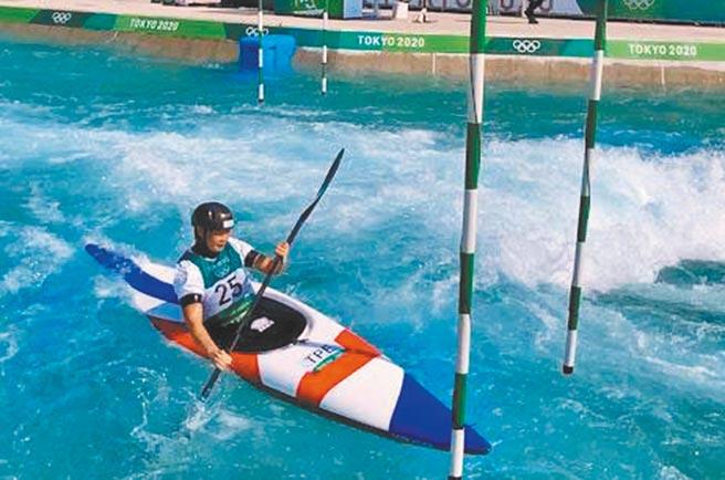 輕艇激流好手張筑涵為賽事練習,為我國寫下奧運參賽史新頁。(台中市政府提供/陳世宗台中傳真)
