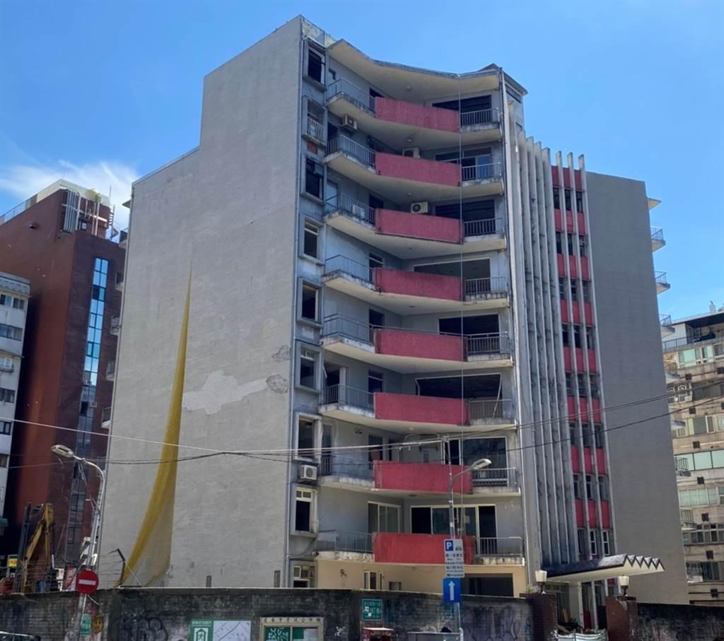 大陸建設整合多年的「共和大廈案」位北市大安區敦化南路一段187巷。(業者提供)