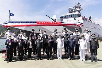 塔江軍艦今交艦典禮 邱國正:海軍戰力邁向新里程碑