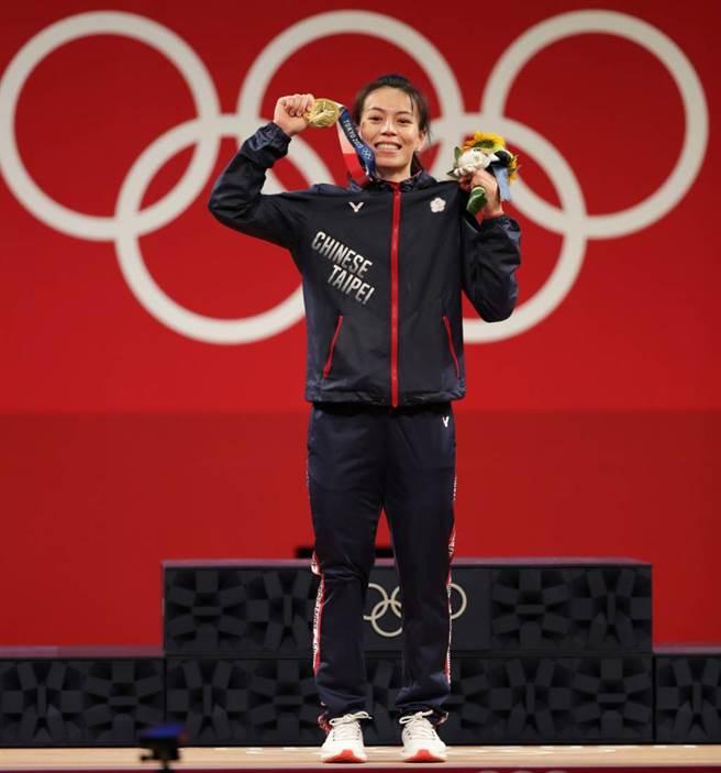 郭婞淳獲得生涯首面奧運金牌,也是中華隊本屆首金。(季志翔攝)