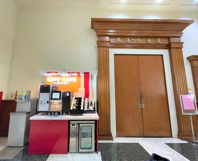 7-11「CITY CAFE咖啡智FUN機」進駐到企業商圈內,地方法院等機關皆可設置。(7-11提供)