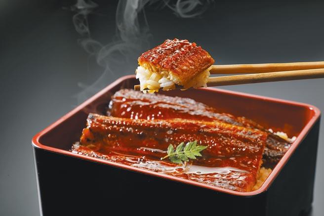 微風超市推出7款鰻魚丼飯,特選蒲燒鰻特價980元。(微風提供)