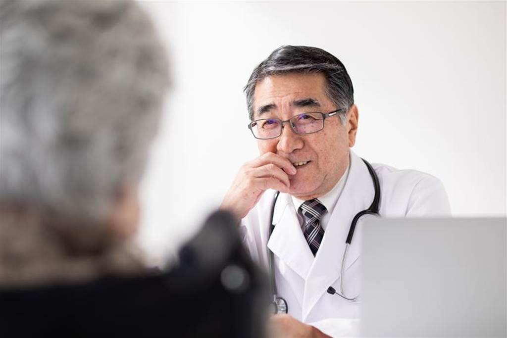 (國內有研究團隊進行帕金森氏病治療的輔助作用臨床研究,刊登於國際期刊。圖/業者提供)