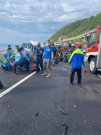 台東多良段兩車嚴重相撞 2重傷1輕傷