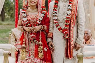 新郎婚禮上抱筆電猛敲鍵盤 新娘笑著笑著就哭了