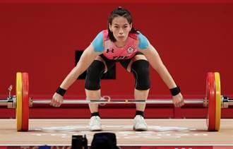 郭婞淳其實很嬌小 170美女主播曬合照「我才像舉重選手」