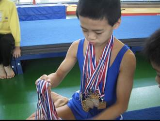 東奧》唐嘉鴻天賦加苦練 創體操全能最佳績 班導盛讚:他應得的!