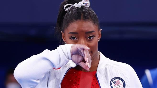 美國體操天后拜爾絲(Simone Biles)7月27日宣布退出東奧女子體操團體賽決賽。(路透)