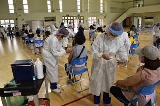 疫苗不足地方急停打 李彥秀嗆蔡政府:不是都夠了嗎